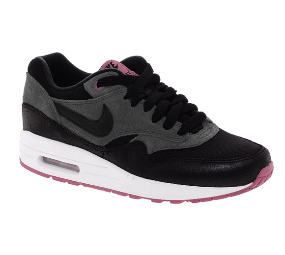 Basket Nike Air Max 1 Essential Black Trainers 133.40 sur asos