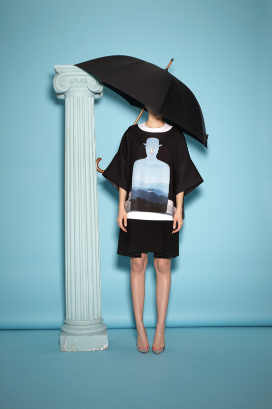 Sweat - Hommage magritte par Opening Ceremony photo audrey destouches