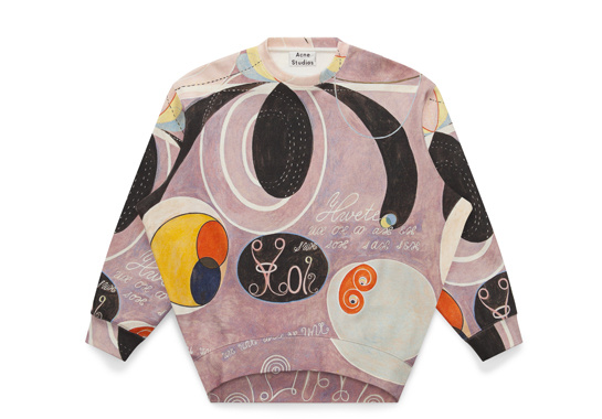 Sweat-shirt Beta, collection hommage à Hilma af Klint par Acne Studios photo par margaux Krehl