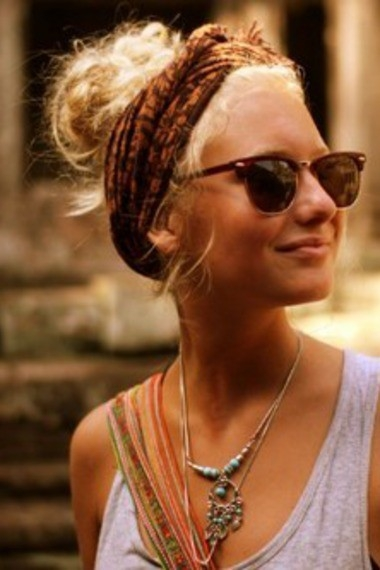 head-scarf-and-raybans
